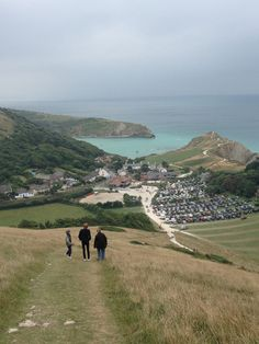 wanderthewood:  The Walk to Lulworth Cove, Dorset, England by petedx