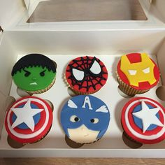 Avengers Cupcake Kokos Cupcakes, Avenger Cupcakes, Cupcake Toppers, Avengers, Sugar, Cookies, Desserts, Crack Crackers, Tailgate Desserts