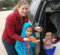 Eating on the Road: Meals and Snacks -- good family travel tips here