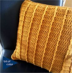 Bit of Color Crochet Mens Scarf, Crochet Pillow, Diy Crochet, Knitting For Dummies, Under Armour Coldgear, Knitting Stiches, Decoration, Knitted Hats, Knitwear