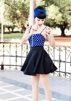 Vintage Outfits Rockabilly Style Pin Up 58 Ideas Robes Rockabilly, Vestidos Rockabilly, Vestidos Retro, Rockabilly Outfits, Rockabilly Fashion, Retro Fashion, Vintage Fashion, Rockabilly Girls, Pin Up Fashion