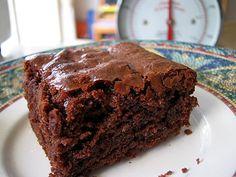 White Chocolate Mascarpone Cheesecake with Salted Caramel and ...
