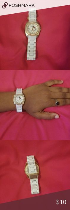 Hello Kitty Watch White & Gold Hello Kitty Watch. Only worn once but in good condition. Hello Kitty Accessories Watches