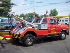 Plunske's Garage, Wallingford CT - Ford F-350 w/ Holmes H475 unit
