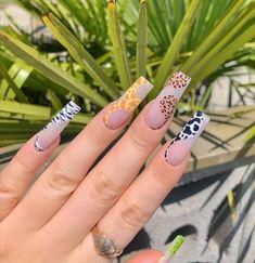 Glamour Nails, Classy Nails, Stylish Nails, Trendy Nails, Bling Acrylic Nails, Almond Acrylic Nails, Best Acrylic Nails, Dope Nail Designs, Art Designs