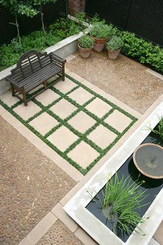 Renowned South African garden designer Jan Blok shows us six ways to make a small garden look and feel larger Outdoor Projects, Garden Projects, Small Gardens, Outdoor Gardens, Modern Gardens, Outdoor Rooms, Outdoor Living, Outdoor Decor, Landscape Design