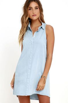 Grab your fedora, hat, and sandals, because the Jean Dream Light Wash Chambray Shift Dress is ready for a bike ride around town! Lightweight cotton-tencel woven fabric starts at a collared neckline, and falls into darted shift bodice. Full hidden button placket.