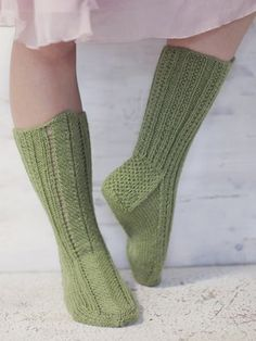 Pretty hand-knitted socks worked in Novita 7 Veljestä Brothers) yarn with a french heel and a pattern stitch in front. Wool Socks, Knitting Socks, Hand Knitting, Knitting Patterns, Pretty Hands, Knitting Videos, Long Winter, Yarn Colors, Leg Warmers