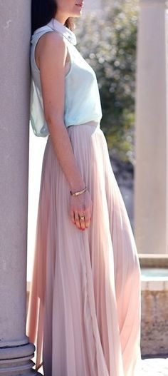 Long light pink pleated skirt | Spring Fashion | Pinterest | Pink ...