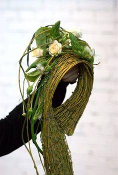 "Gregor Lersh in Ukraine days, 5 stories"" Art Floral, Bridal Flowers, Diy Flowers, Floral Centerpieces, Floral Arrangements, Gregor Lersch, Flora Design, Winter Flowers, Flower Show"