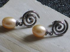 Pearl Earrings, Spiral Post Earrings, Peach Pearls, Hammer Tapped Finish, Sterling, Freshwater Cultured Pearls - American Crafted - USA Made