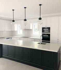 Loving the finished result of my client's gorgeous Hamptons style kitchen. Loving the finished result of my client's gorgeous Hamptons style kitchen. Home Decor Kitchen, New Kitchen, Kitchen Ideas, Island Kitchen, 10x10 Kitchen, Eclectic Kitchen, Kitchen Trends, Apartment Kitchen, Rustic Kitchen