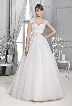 wedding gown Arya, Poročni kotiček