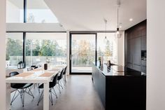 Sisustusideat, koti ja asuminen Modern Cabin Interior, Interior Design, Cabin Interiors, Log Homes, Decoration, My Dream Home, Home Kitchens, Building A House, Sweet Home