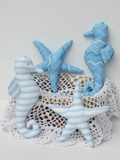 Stuffed seahorse starfish toy set plushie softie nautical aquatic nursery decor fish toy blue white baby shower gift child friendly soft toy - Sites new Sewing Toys, Sewing Crafts, Diy Crafts, Nautical Room Decor, Teal Baby Showers, Fabric Fish, Small Sewing Projects, Fabric Toys, Shell Crafts