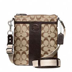 Low cost real Coach handbags, all models of Coach purses and handbags at cheap rates. Shop many brands of designer purses and handbags at cheap prices. Cheap Handbags, Coach Handbags, Coach Purses, Purses And Bags, Wholesale Handbags, Women's Bags, Cheap Coach Bags, Womens Designer Bags, Cheap Designer