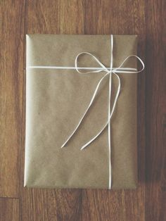 20fb4df6858 The only way to wrap gifts. Simple Packaging