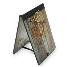 Wooden Easel Menu Boards. The Smart Marketing Group - Vintage Cafe themed drinks menus and menu covers. Retro cafe drinks menus and menu presentation products.