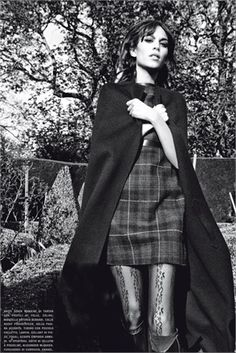 From Fall Winter 2012-13 Collections: Black capes - click on the photo to see all garments and accessories in Photogallery.