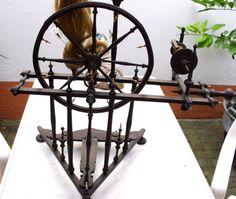 Gorgeous! ANTIKES Holz Spinnrad Holzspinnrad ROUET Volkskunst vor 1900 LOTHRINGEN | eBay