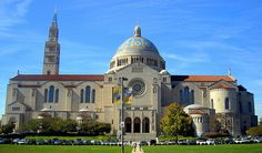 Basilica of the National Shrine of the Immaculate Conception is a Landmark in Washington. Plan your road trip to Basilica of the National Shrine of the Immaculate Conception in DC with Roadtrippers. Washington Dc, List Of Tallest Buildings, Unique Buildings, Amazing Buildings, Latina, Revival Architecture, Church Architecture, Roman Architecture, Landscape Photography