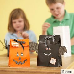 From activities little ones will love to do at your Halloween bash to spooky crafts you and your kids can make together, we have great projects that r