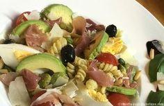 Une salade gourmande à base de pâtes (pour l'apport en féculents) idéale pour l'été !