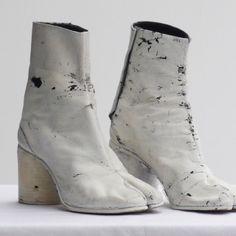 Maison Martin Margiela : Painted Tabi Boots