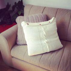 Como hacer fundas para almohadones reciclando sweaters