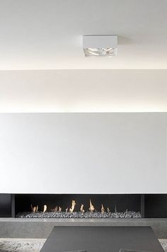 30 Awesome Minimalist Living Room Designs: 30 Awesome Minimalist Living Room Designs With Black And White Sofa And Table And Rug And Modern Fireplace Design Modern Minimalist Living Room, Minimalist Home Decor, Minimalist Interior, Modern Interior Design, Minimalist Design, Interior Architecture, Minimalist Apartment, Modern Living, Minimal Living