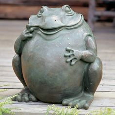 Whimsical Garden Frog ~ Look at that Smile!!!