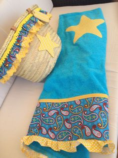 "Con P de P: ""ÚLTIMA CESTA"" Beach Towel Bag, Hat Decoration, Beach Design, Summer Bags, Fashion Sketches, Sewing Hacks, Textiles, Pattern, Handmade"