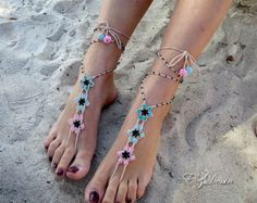 Check out Barefoot sandals with beads knitting crochet,jewelry for the feet. Barefoot sandals boho,romantic style.Anklets jewelry for wedding on ezdessin