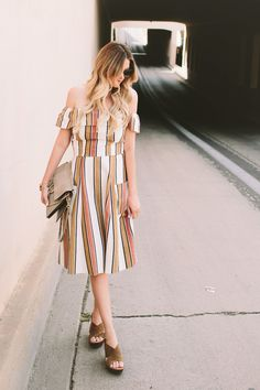 5 Ways To Wear a Midi Dress For Spring