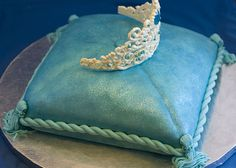 Can you imagine all the creative cakes Lexy makes at her bakery? Maybe she makes ones like this Princess Pillow Cake. Pillow Cakes, Pillows, Beautiful Cakes, Amazing Cakes, Baby Blocks, Cake Gallery, Beaded Purses, Creative Cakes, Cakes And More