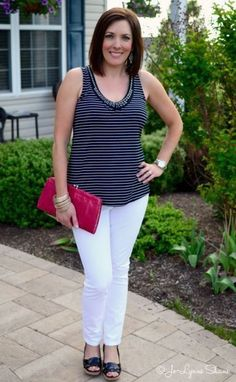 Fashion For Women Over 40: How to Wear White Jeans for Summer