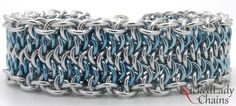 Ooops Chainmaille bracelet. Silver and sky blue anodised aluminium. Silver plated slider clasp.
