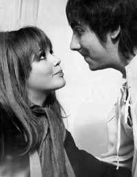 Keith Moon with future wife Kim Kerrigan Keith Moon, Greatest Rock Bands, British Invasion, Future Wife, Twiggy, Rock N Roll, Fashion Beauty, Blues, Celebrities