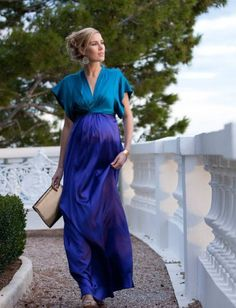 Colour Block Silk Maternity Maxi Gown - Seraphine (gorgeous - would love a non-maternity version) Maternity Maxi, Stylish Maternity, Maternity Fashion, Maternity Style, Maternity Gowns Formal, Stylish Pregnancy, Maxi Gowns, Pregnancy Outfits, Look Fashion