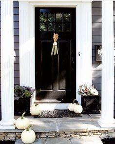 Autumn living.... #slowliving#frontdoor