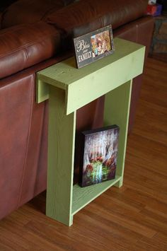 Tiny Pallet Entry Table | Pallet Furniture DIY