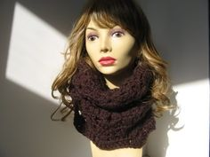 Crochet Scalloped Chunky Cowl -