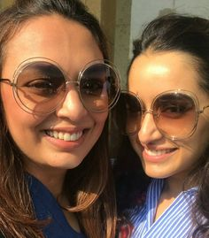 Shraddha Kapoor Cute, Sonam Kapoor, Deepika Padukone, Anushka Sharma, Priyanka Chopra, Best Happy Birthday Quotes, Paris Wallpaper, Tiger Shroff, Kiara Advani