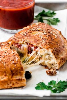 Comfort Food This homemade Calzone is a delicious Italian favorite! Pizza dough is filled with cheese, meats, and vegetables and baked until golden. No one will be able to resist this classic! Pizza Recipes, New Recipes, Dinner Recipes, Cooking Recipes, Favorite Recipes, Healthy Recipes, Prawn Recipes, Skillet Recipes, Cooking Tools