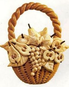 Salt dough Fruit basket by: mccrafty Salt Dough Projects, Salt Dough Crafts, Salt Dough Ornaments, Clay Ornaments, Clay Projects, Clay Crafts, Salt Dough Christmas Decorations, Christmas Ornament Sets, Christmas Crafts