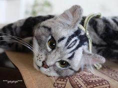 Amazing needle felted cat