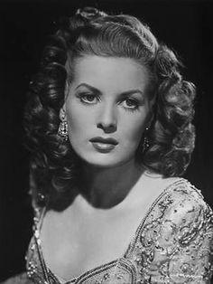 Maureen O'Hara - Favorite Classic Hollywood lead.