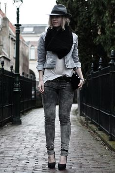 Get this look (jeans, jacket, scarf, hat, pumps) http://kalei.do/Wic60Ut43SUBr4PS
