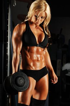 muscles... #abs #belly #flat #carved #6 #pack #blond #workout #lifting #weights #gym #woman #exercise