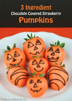 3 Ingredient Chocolate Covered Strawberry Pumpkins - a fun, festive treat the kids will love. Easy to make and healthy too. #halloweentreat